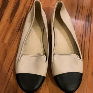 Shoes size 9 pre-owned